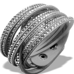 NWOT gray Swarovski bracelet